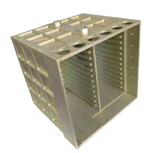 整体式液冷机箱